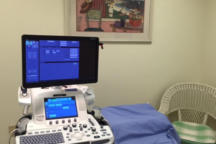 Comfortable ultrasound room